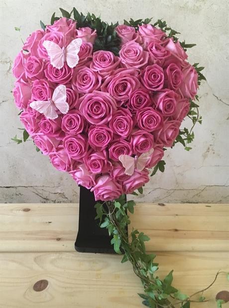 oasis hjärta rosor
